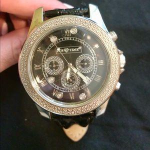 Unisex oversized face watch